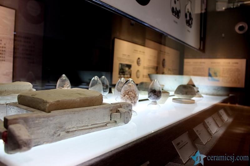 1515342589-7661-5640130e11df8 Introduction of  Jingdezhen Ceramics Museum Jingdezhen China Ceramics Museum - shengjiang  ceramic  factory   porcelain art hand basin wash sink