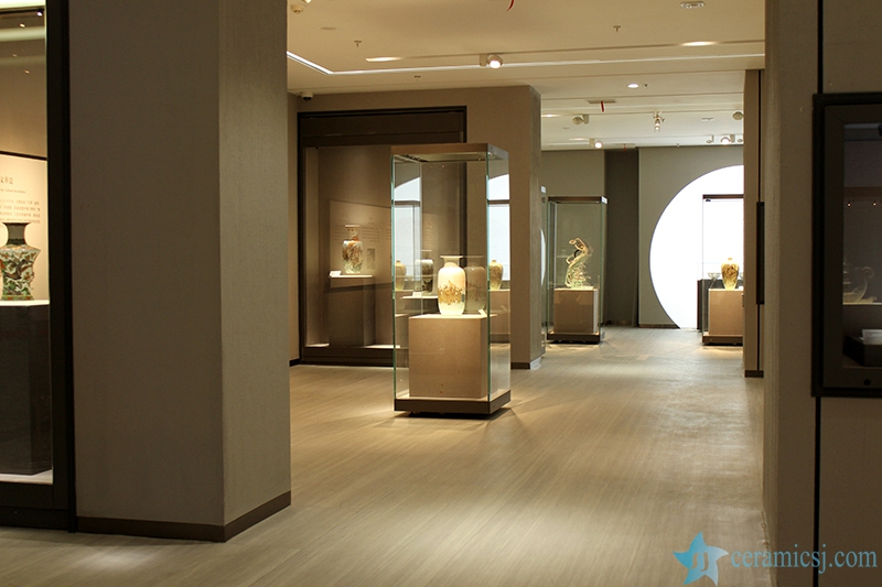 1515342622-9269-564042bd548f8 Introduction of  Jingdezhen Ceramics Museum Jingdezhen China Ceramics Museum - shengjiang  ceramic  factory   porcelain art hand basin wash sink