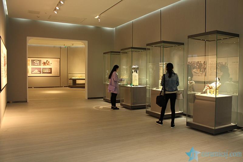 1515342634-1020-56404484e1b35 Introduction of  Jingdezhen Ceramics Museum Jingdezhen China Ceramics Museum - shengjiang  ceramic  factory   porcelain art hand basin wash sink